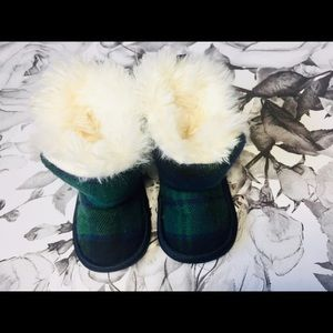 Other - Green Plaid Baby Slippers